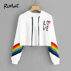 how to make a crop top hoodie Crop Top Hoodie, Cropped Hoodie Outfit, White Hoodie, Girls Fashion Clothes, Teen Fashion Outfits, Ladies Clothes, Fashion 2016, Girl Clothing, Women's Fashion
