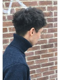 アットラブ(at'LAV by Belle) ハイセンスな刈り上げシンプルショート Mens Messy Hairstyles, Haircuts For Wavy Hair, Permed Hairstyles, Haircuts For Men, Japanese Men Hairstyle, Asian Men Hairstyle, Asian Man Haircut, Asian Short Hair, Kpop Hair