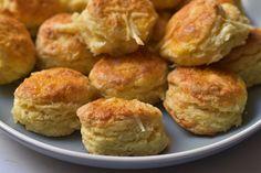 Cheddar, Baked Potato, Potatoes, Baking, Ethnic Recipes, Christmas, Food, Xmas, Cheddar Cheese