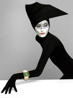 Serge Lutens is a French photographer, hair stylist, filmmaker, perfume art-director and fashion designer. He has worked for Christian Dior and Vogue Magazine, collaborated with Richard Avedon and … Foto Fashion, Fashion Art, Editorial Fashion, Fashion Design, Fashion Black, French Fashion, Fashion Women, Fashion Portraits, Fashion Edgy