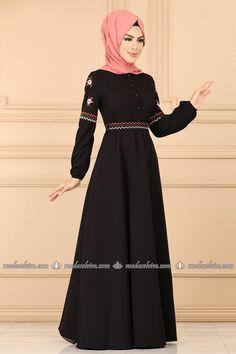 Hijab Evening Dress, Hijab Dress, Evening Dresses, Prom Dresses, Wedding Dresses, Abaya Fashion, Fashion Dresses, Dress Codes, Street Style