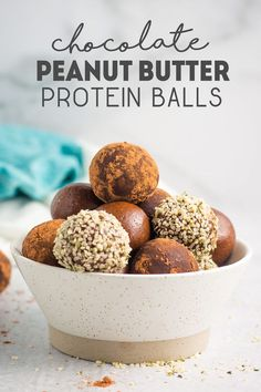 Chocolate Peanut Butter Protein Balls made with just 6 ingredients. Each ball contains 4 grams of protein. These protein balls are vegan and the peanut butter can be substituted for any nut or seed butter! Healthy Vegan Snacks, Easy Snacks, Vegan Recipes Easy, Vegan Desserts, Whole Food Recipes, Snack Recipes, Dessert Recipes, Healthy Breakfasts, Eating Healthy