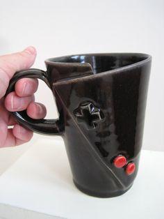 Original Nintendo Controller Coffee Mug for the Vintage gamer. via Etsy. Pottery Mugs, Ceramic Pottery, Pottery Ideas, Ceramic Cups, Ceramic Art, My Coffee, Coffee Mugs, Sweet Coffee, Nintendo Controller