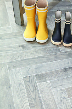 The second herringbone added to Ultimate Expressions following the dark and alluring Greta, Stuttgart offers this trending effect but in its lighter, washed form. Hallway Inspiration, Colour Schemes, Herringbone, Lighter, Rubber Rain Boots, Two By Two, Flooring, Luxury, Dark