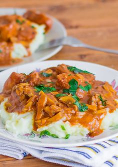 Paprikash Chicken Stroganoff – perfect combination of flavors, and ready in 30 minutes. This dish combines Paprikash Chicken and Chicken stroganoff.