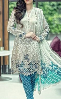 Buy MariaB Dresses in USA Printed cotton lawn shirt with embroidered daman & embroidered chiffon sleeves. To add colors to your personality for just $154.99.