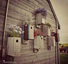 Bird house flower post