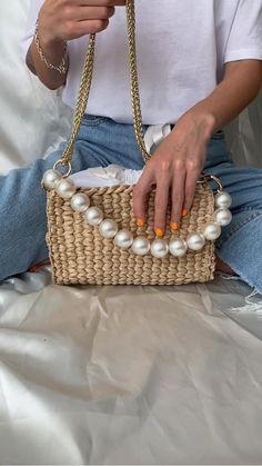 Crochet Bag Tutorials, Diy Crochet, Crochet Patterns, Knitting Patterns, Diy Handbag, Diy Purse, Straw Handbags, Purses And Handbags, Unique Handbags