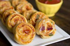 Easy Pizza Pinwheels on iheartnaptime.com