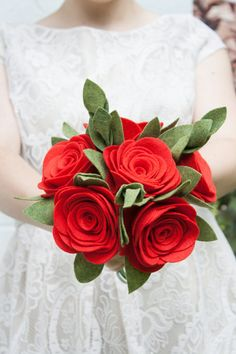 Red Rose Bouquet / Filz Wedding Bouquet / von SugarSnapBoutique