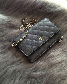 bd6bd41be2b Coco Chanel, Chanel Zwart, Designerhandtassen, Casual Kleding, Designer  Tassen, Rugzakken,