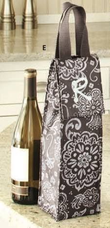 tThe Perfect Bottle Thermal is a great way to dress up a bottle of wine as a gift for your hostess!