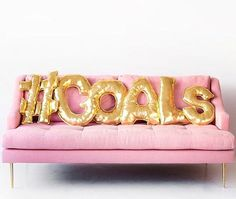 Balloon Letter Pillows tutorial from Studio DIY Gold Balloons, Letter Balloons, Leadership, Paper Towel Tubes, Diy Donuts, Floor Pouf, Diy Letters, Alphabet Letters, Easy Sewing Projects