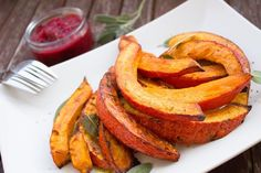 Healthy Thanksgiving sides are hard to come by at most Thanksgiving tables. This roundup list has 15 easy healthy Thanksgiving sides you can make this year. Healthy Soup Recipes, Raw Food Recipes, Healthy Foods, Easy Recipes, Water Recipes, Healthy Weight, Dinner Recipes, Indian Diet, Sweet Potato Wedges