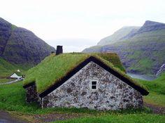 The very green Faroe Islands ..