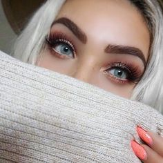 Instagram media by solotica_melbourne - Hidrocor Quartzo  Only 3 left in stock  Order your fav colour before they run out !  Order before 1pm for same day delivery (excluding week ends and public holidays) Free express shipping within Australia Most stunning and cute babe @mixirobles