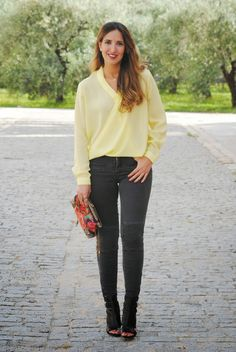 Soft yellow. http://www.fashion-south.com/2015/04/soft-yellow.html