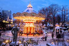 Mercadillo de Tivoli en Copenhague - Los mejores mercadillos navideños de Europa