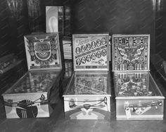 Pinball Machines 1941: Repeater, Twin Six & Stars 8x10 Reprint Of Old Photo