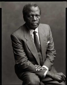 Sidney Poitier Sir Sidney Poitier became the first African-American person to win an Academy Award for Best Actor for his role in Lilies of the Field. Classic Hollywood, Old Hollywood, Black Actors, Famous Black, Portraits, Film Director, Best Actor, Famous Faces, Black People