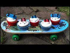 Skater cupcakes! Themed Cupcakes, Cupcake Cakes, Desserts, Food, Postres, Deserts, Cup Cakes, Hoods, Meals