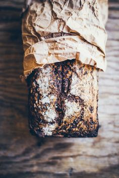 RECIPE + STYLING/COMPOSITION Banana Bread styling idea                                                                                                                                                                                 More
