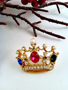 Vintage Brooch Pin  Vintage Crown multicolored by ConstantlyAlice, $12.00
