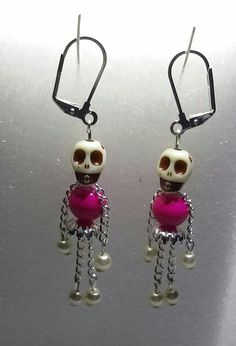 99 Popular Halloween Jewelry Ideas To Makes You Look Stunning - DIY Schmuck Inspiration Fall Jewelry, Holiday Jewelry, Simple Jewelry, Jewelry Crafts, Handmade Jewelry, Jewelry Ideas, Peridot Earrings, Diy Earrings, Halloween Schmuck