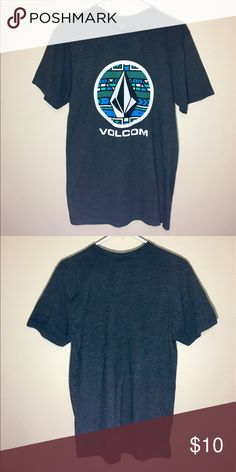 """Volcom T Shirt Design Used, but still in great condition.   Modern design.  50% Polyester / 50% Cotton   Measurements (flat) Height: 29"""" Width: 17.5"""" Sleeves: 8.5""""   See my other listings for more amazing clothing. : ) Volcom Shirts Tees - Short Sleeve"""