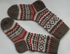 Back to school Grey white red warm autumn fall winter Scandinavian pattern knit wool short socks Christmas gift CUSTOM MADE Nordic Pattern, Scandinavian Pattern, Warm Autumn, Fall Winter, Warm Spring, Crochet Gifts, Knit Crochet, Knitting Designs, Knitting Patterns