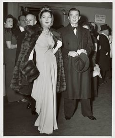 "Photo by Alfred Eisenstaedt, courtesy of Nina Frantzen, from ""Valentina"" by Kohle Yohannan, Rizzoli 2009  Valentina and George Schlee arrive at the Metropolitan Opera in 1945."