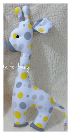 Felt Crafts Diy, Baby Crafts, Childrens Gifts, Toddler Gifts, Stuffed Animal Patterns, Diy Stuffed Animals, Sewing Toys, Baby Sewing, Easy Sewing Projects