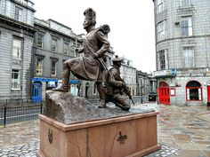 Gordon Highlanders memorial at the Castlegate in Aberdeen