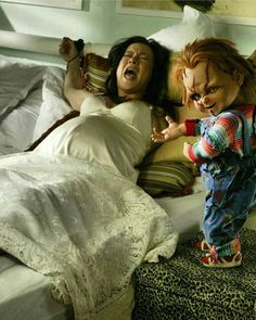 Bride of Chucky Slasher Movies, Horror Movies, Michael Myers And Jason, Childs Play Chucky, Bride Of Chucky, The Munsters, Horror Icons, Picture Collection, Beautiful Celebrities