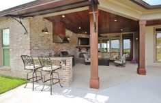 Outdoor living area - yes please!!!!  Photo from Madden Home Design facebook page in Louisiana