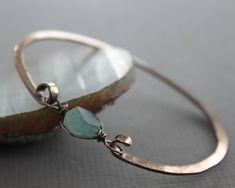fc27fc6bad Copper bangle bracelet with aquamarine nugget stone - Aquamarine bracelet -  Copper bracelet - Healing bracelet - Cuff bracelet - BR005