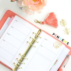 """Looking for printable planner inserts? Our 2016 set is available for free! Fits personal size binders. Includes a yearly overview, dated month on two pages, undated week on two pages, and lined notes. Please repin if you like them.<span class=""""EmojiInput mj4"""" title=""""White Smiling Face ☺""""></span>"""