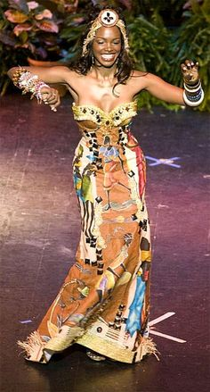 Nelsa Alves (Angola)  #ItsAllAboutAfricanFashion #AfricaFashionLongDress #AfricanPrints