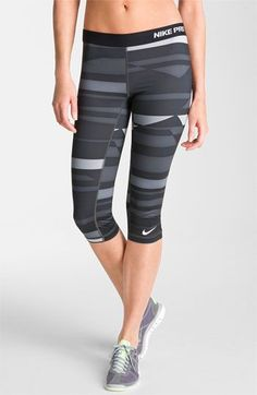 ♡ Nike Pro Capri Leggings | Fitness | Must have Workout Clothing | Yoga Tops…