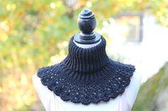 Virkad halskrage med spets - Svarta Fåret