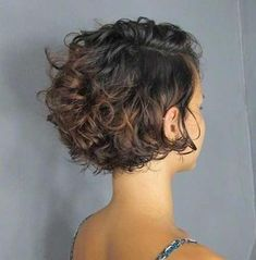 20 Latest Hairstyles for Short Curly Hair - Samantha Fash .- 20 Neueste Frisuren für kurzes lockiges Haar – Samantha Fashion Life 20 latest hairstyles for short curly hair – cute short curly hairstyles - Cute Short Curly Hairstyles, Curly Hair Styles, Thin Curly Hair, Haircuts For Curly Hair, Latest Hairstyles, Formal Hairstyles, Boy Haircuts, Curly Short Bobs, Bobs For Curly Hair