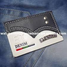 Resultado de imagem para etiqueta interna de calças jeans preta