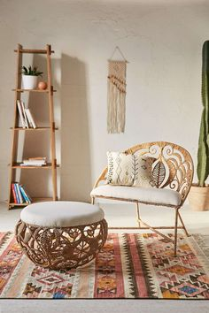 Rope Lace Tiara Chair