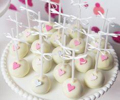 Pink Hearts Guest Dessert Feature | Amy Atlas Events