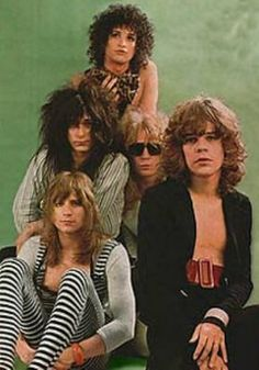 the new york dolls band | New York Dolls, clockwise from bottom left: Jerry Nolan,
