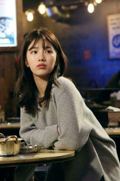 Uncontrollably Fond                                                       … Bae Suzy, Korean Beauty, Asian Beauty, Korean Girl, Asian Girl, Miss A Suzy, Kim Woo Bin, Korean Actresses, Up Dos