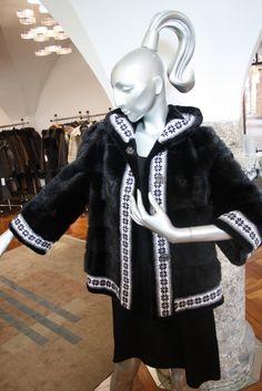 Shopping is Entertainment! Elegant, Women Wear, Shopping, Style, Fashion, La Mode, Mink, Sporty, Cowl