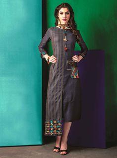 Cotton kurti with great detailing. Cotton Kurties, Cotton Tunics, Black Cotton, Simple Dresses, Nice Dresses, Plain Kurti, Indian Tunic Tops, Kurti Embroidery Design, Kurta Designs
