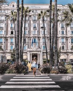 The Carlton Continental in Cannes. more than 100 years an institution. If the walls could talk. France Photography, Cannes France, Celebrity Travel, What A Wonderful World, South Of France, French Riviera, Travel Bugs, Summer Travel, Oh The Places You'll Go
