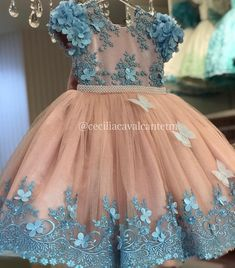 Image may contain: one or more people and people standing 1st Birthday Girl Dress, Baby Girl Party Dresses, Cute Girl Dresses, Little Girl Dresses, Flower Girl Dresses, Baby Girl Dress Design, Girls Frock Design, Frocks For Girls, Kids Frocks